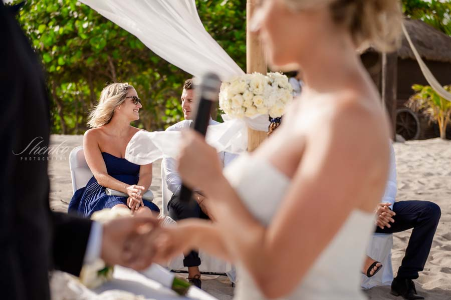 blue-venado-wedding-ceremony-with-family-and-friends-11