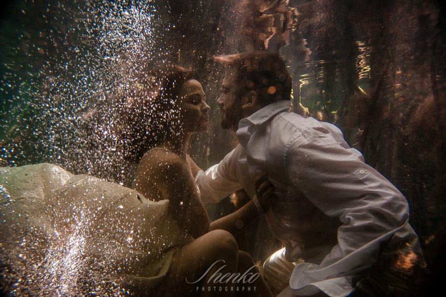 5-trash-the-dress-under-the-water-cenote-1