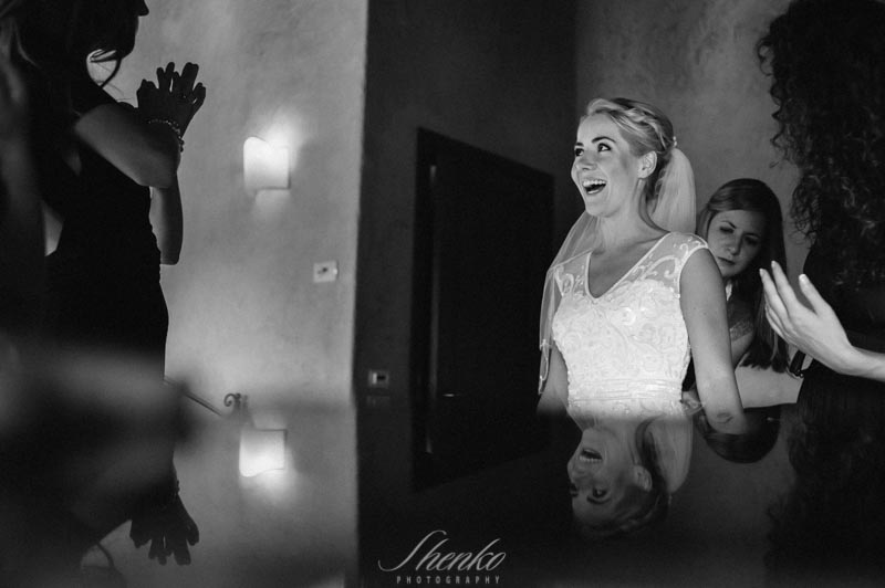 Destination-wedding-tuscany-vintage-photo-session