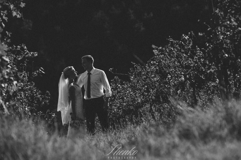 original and interesting approach to wedding photo session