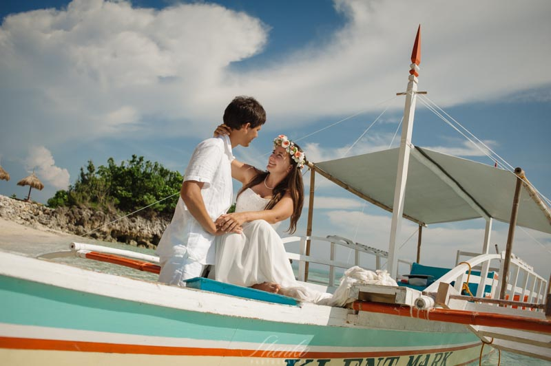 wpid3460-Malapascua-lovestory-photo-session-at-philippines-9.jpg