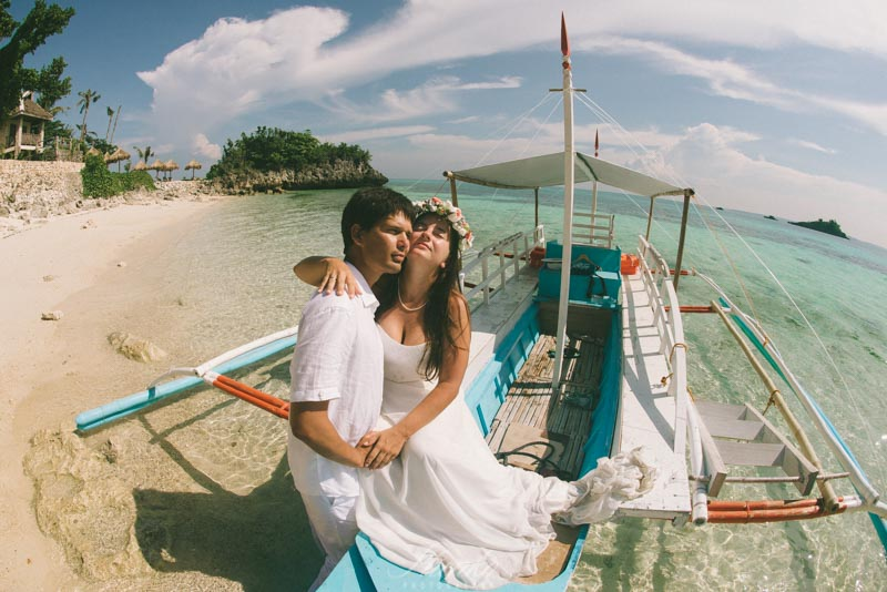 wpid3462-Malapascua-lovestory-photo-session-at-philippines-10.jpg
