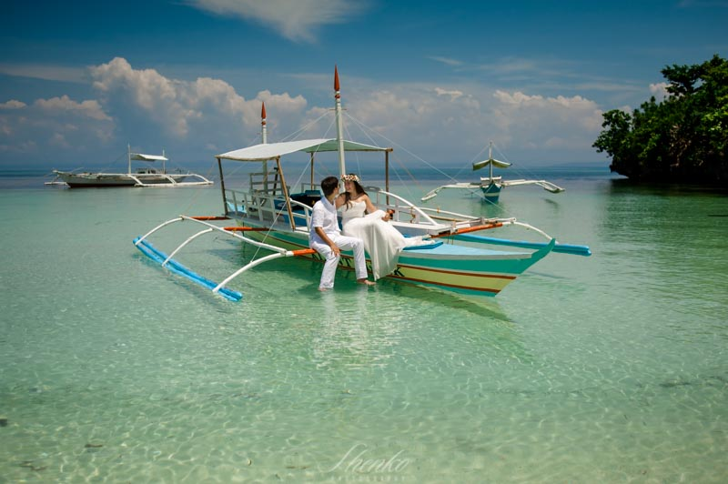 wpid3470-Malapascua-lovestory-photo-session-at-philippines-14.jpg