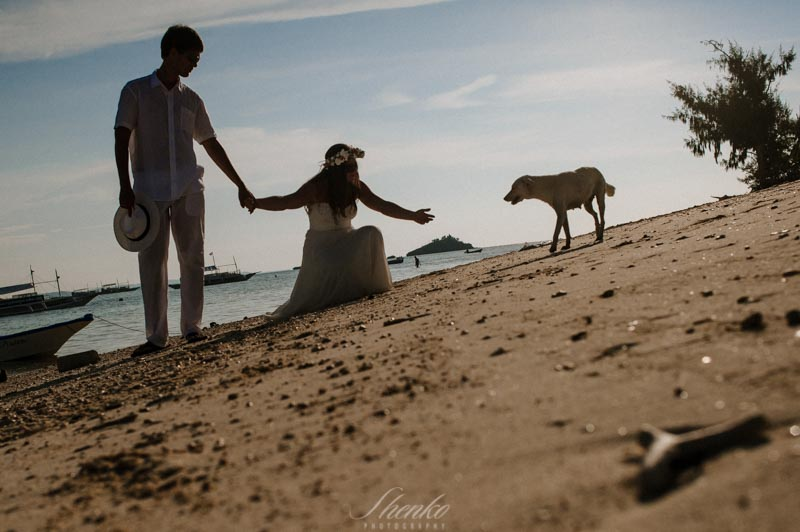 wpid3480-Malapascua-lovestory-photo-session-at-philippines-19.jpg