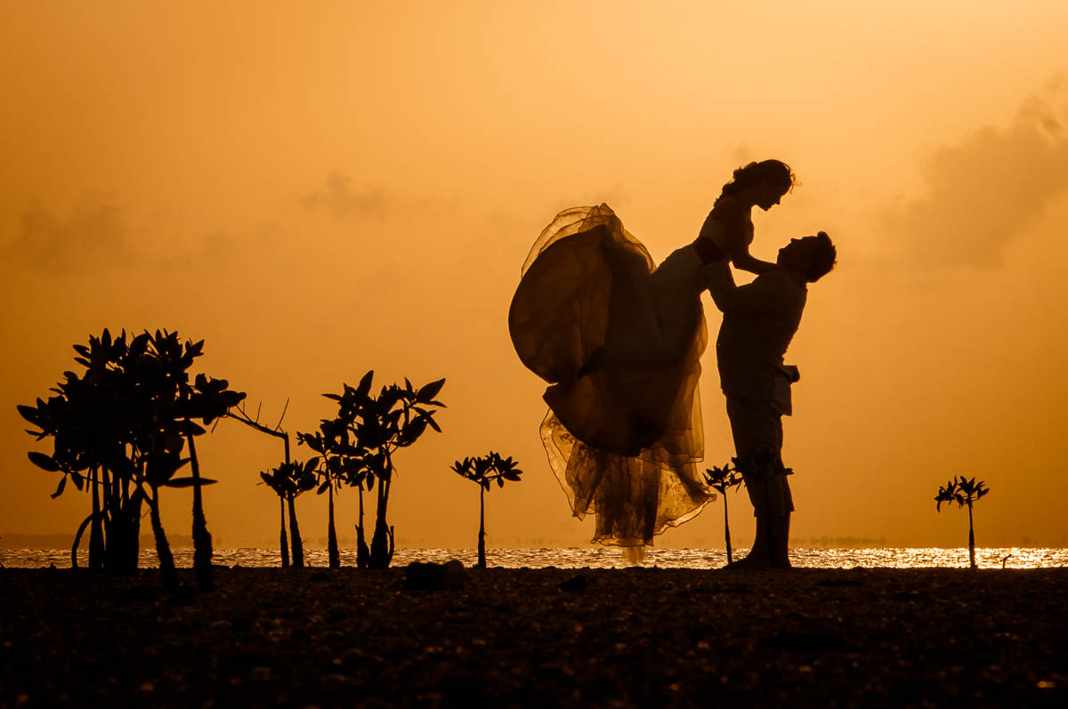 sunset photo session wedding in cancun