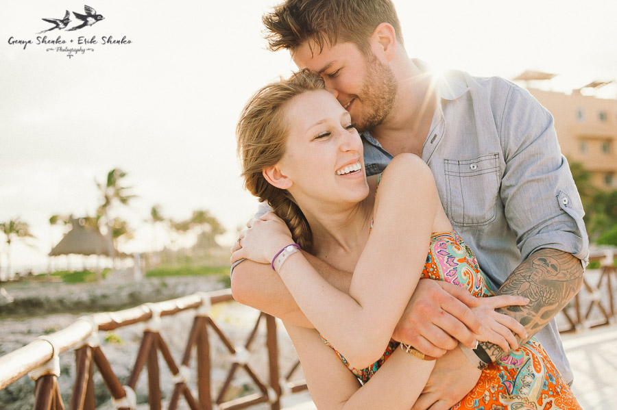 real-love-story-at-hard-rock-riviera-maya-resort-esession-10