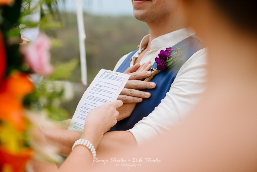 Emotional-and-fun-wedding-at-las-palmas-huatulco-playa-violin-24
