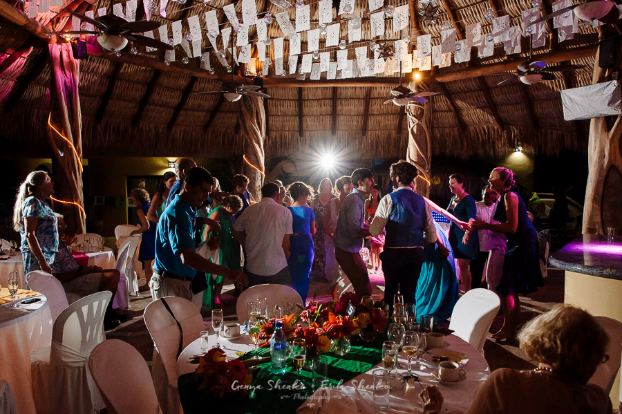 Emotional-and-fun-wedding-at-las-palmas-huatulco-playa-violin-46