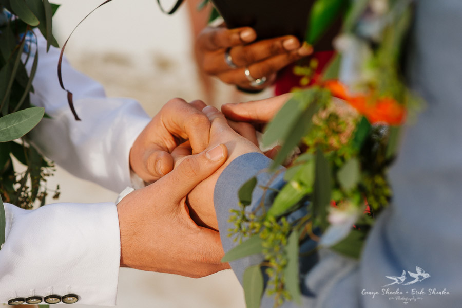 Same-sex-destination-wedding-akumal-mexico-19
