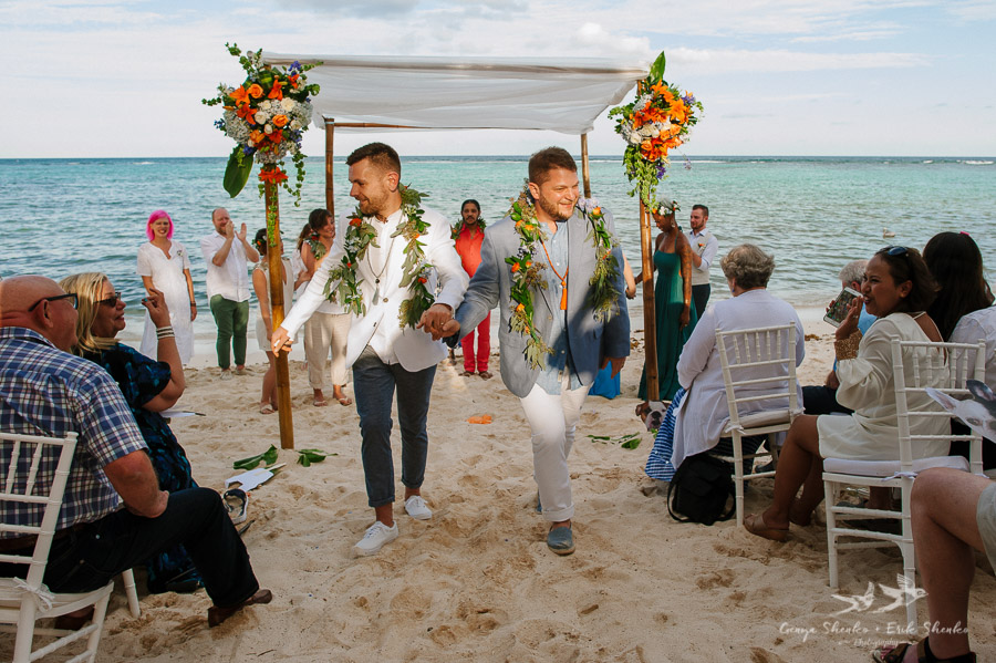Same-sex-destination-wedding-akumal-mexico-25