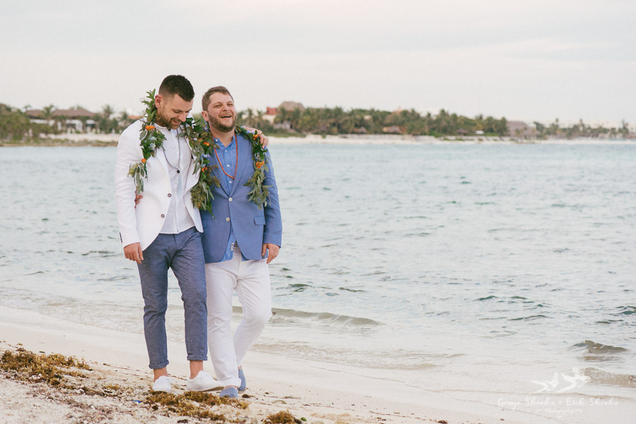 Same-sex-destination-wedding-akumal-mexico-37