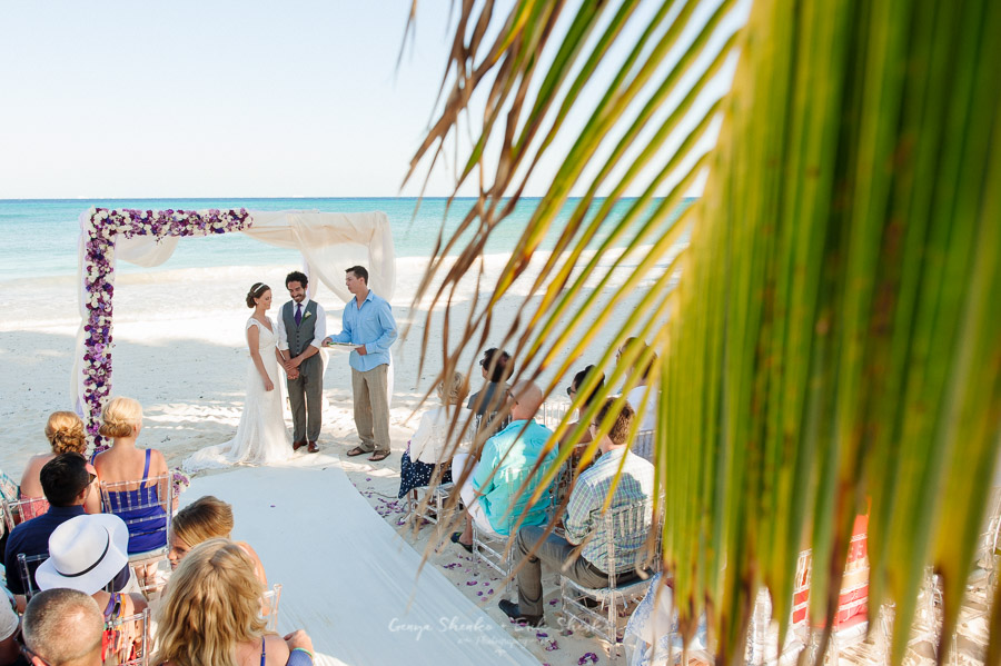 Beach-wedding-at-playa-del-carmen-grand-coral-beach-club-fantastic-16