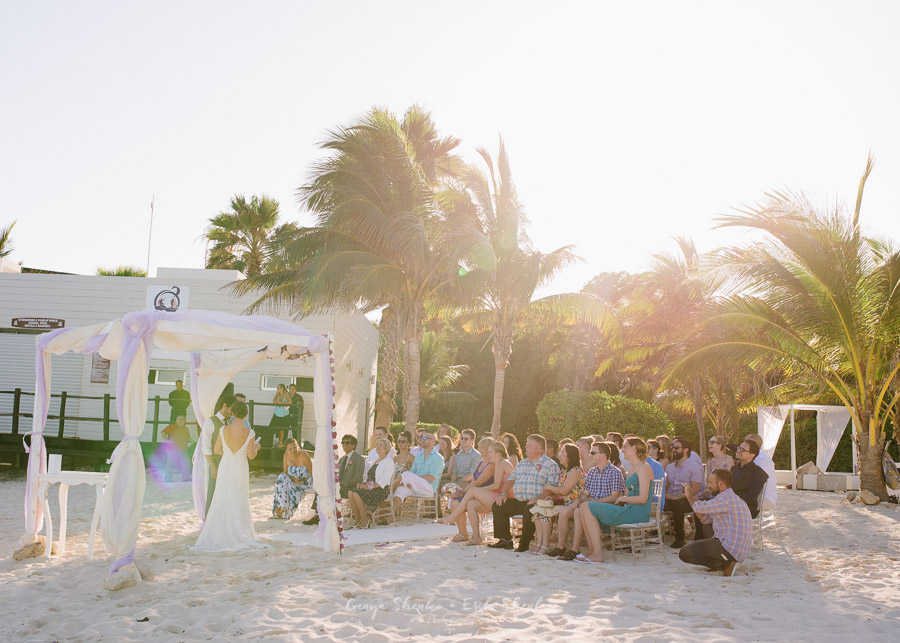 Beach-wedding-at-playa-del-carmen-grand-coral-beach-club-fantastic-19