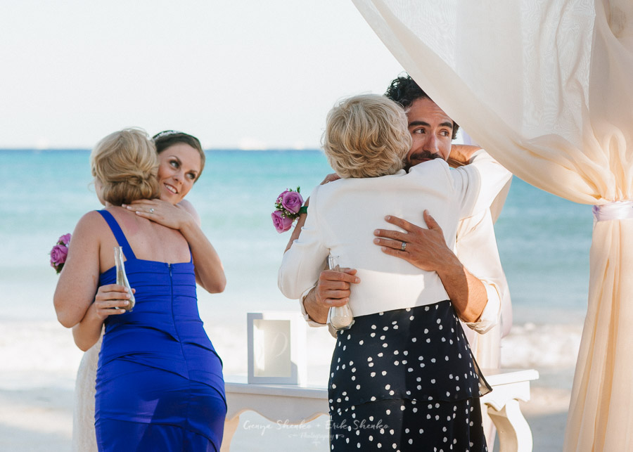 Beach-wedding-at-playa-del-carmen-grand-coral-beach-club-fantastic-23