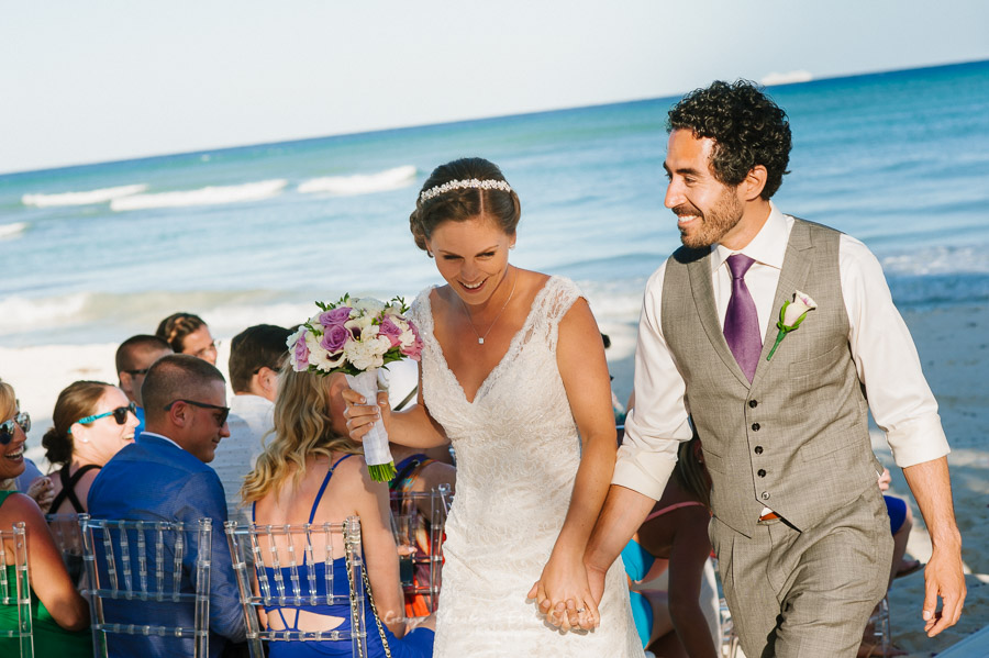 Beach-wedding-at-playa-del-carmen-grand-coral-beach-club-fantastic-30
