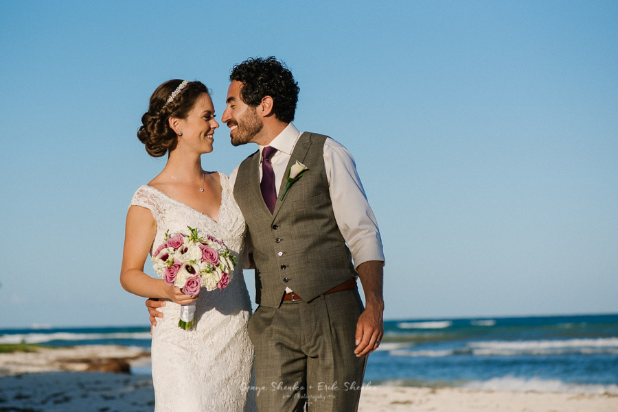 Beach-wedding-at-playa-del-carmen-grand-coral-beach-club-fantastic-31